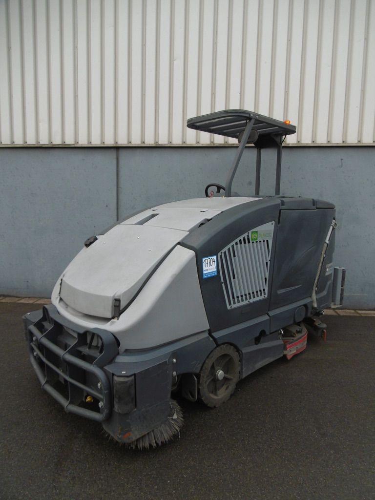Nilfisk CS 7000 1200B Kehrsaugmaschine www.nortruck.de