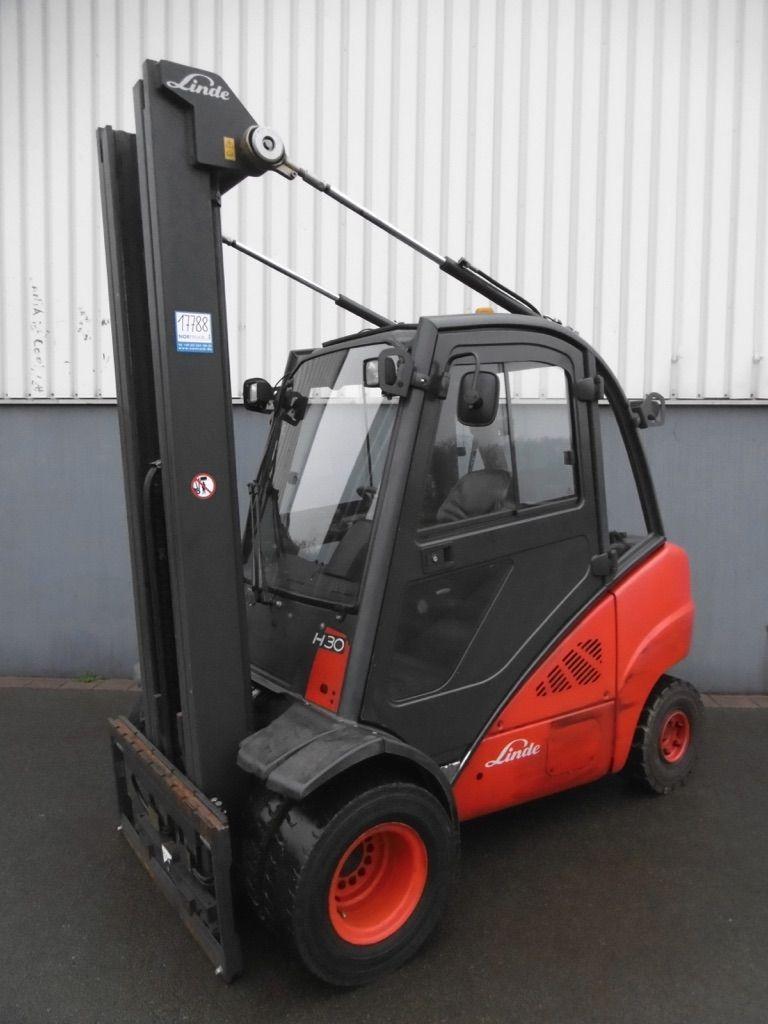 Linde H30D-393 Dieselstapler www.nortruck.de