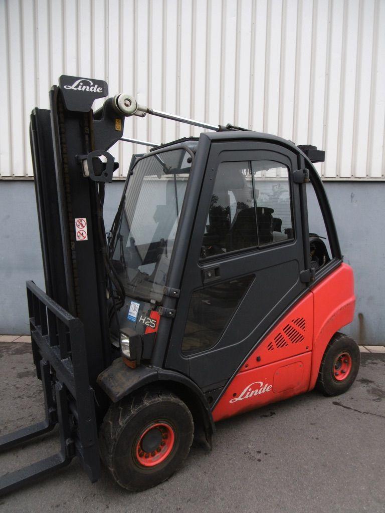 Linde H25T-392 Treibgasstapler www.nortruck.de