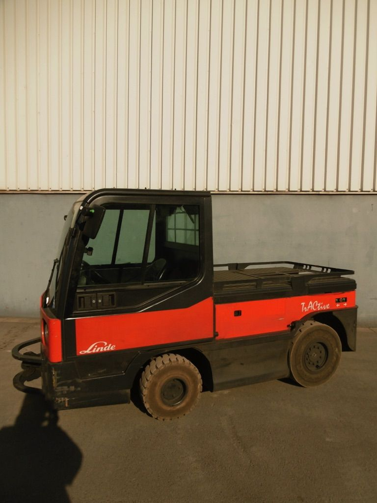 Linde P250-127 Schlepper www.nortruck.de