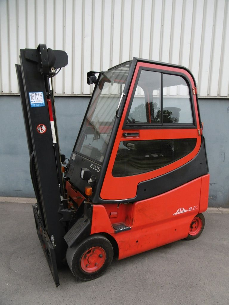 Linde E20S/600-336 Elektro 4 Rad-Stapler www.nortruck.de