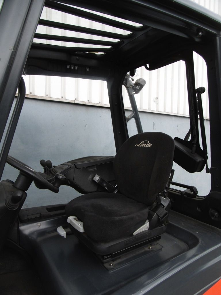 Linde E25H/600-387 Elektro 4 Rad-Stapler www.nortruck.de