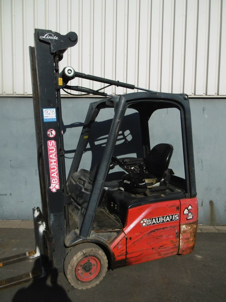 Linde E16C-386 Elektro 3 Rad-Stapler www.nortruck.de