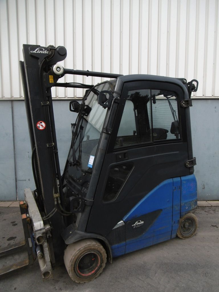 Linde E20PH-386-EVO Elektro 4 Rad-Stapler www.nortruck.de