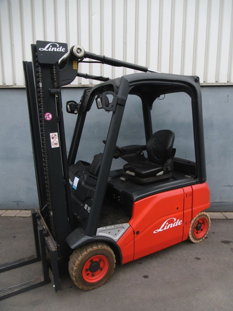 Linde E16P-386 Elektro 4 Rad-Stapler www.nortruck.de