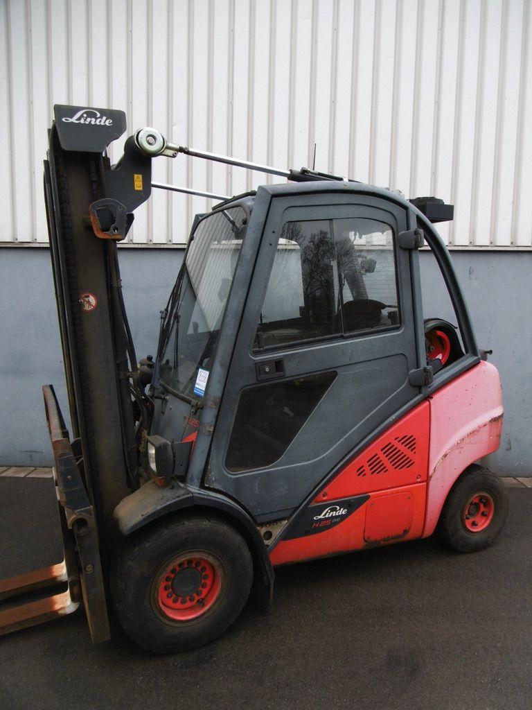 Linde H25T/600-393-EVO Treibgasstapler www.nortruck.de