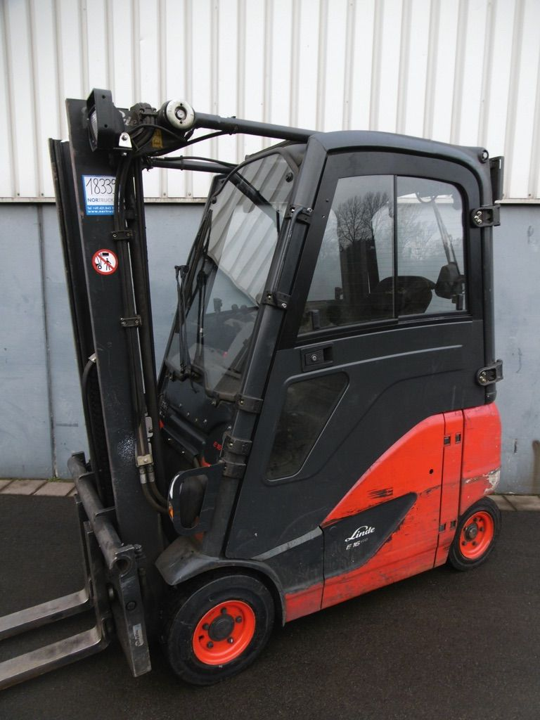 Linde E16PH-386-EVO Elektro 4 Rad-Stapler www.nortruck.de
