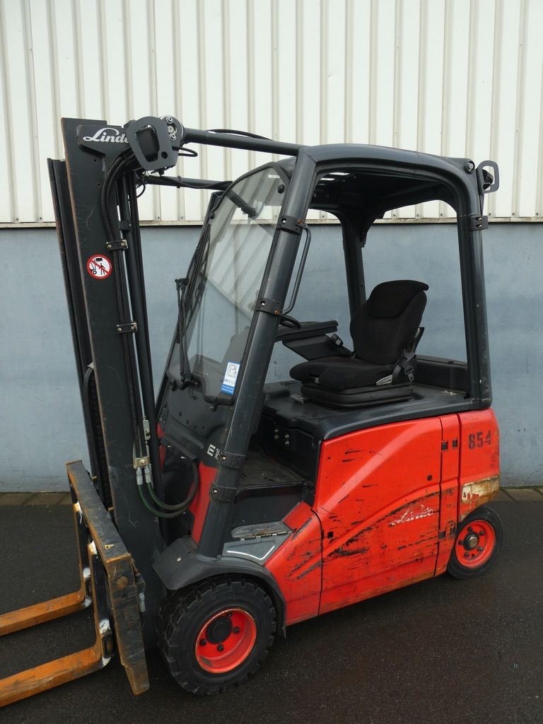 Linde E18PH-386 Elektro 4 Rad-Stapler www.nortruck.de
