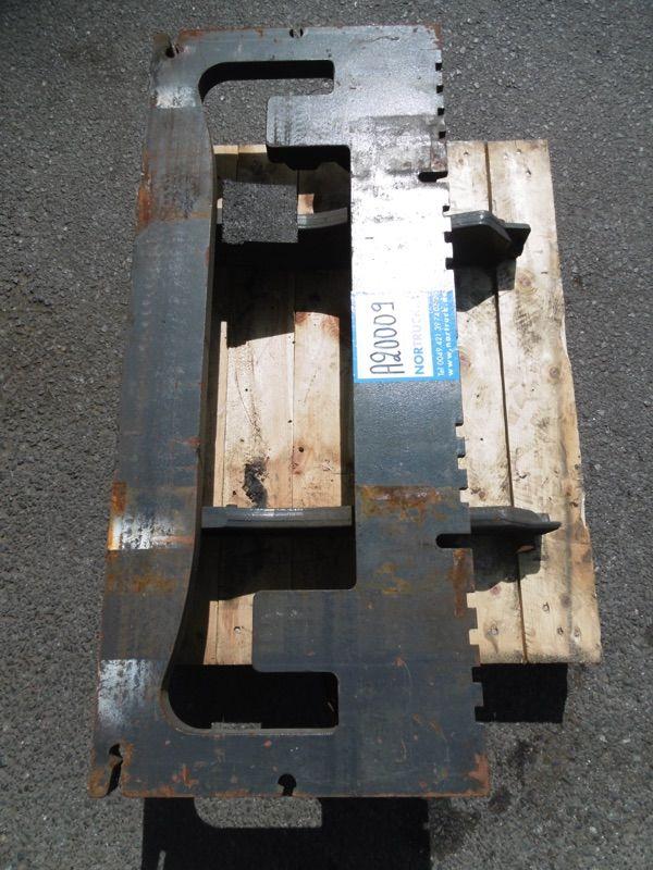 Linde Gabelträger für Standard, M181, BR 386 Gabelträger www.nortruck.de