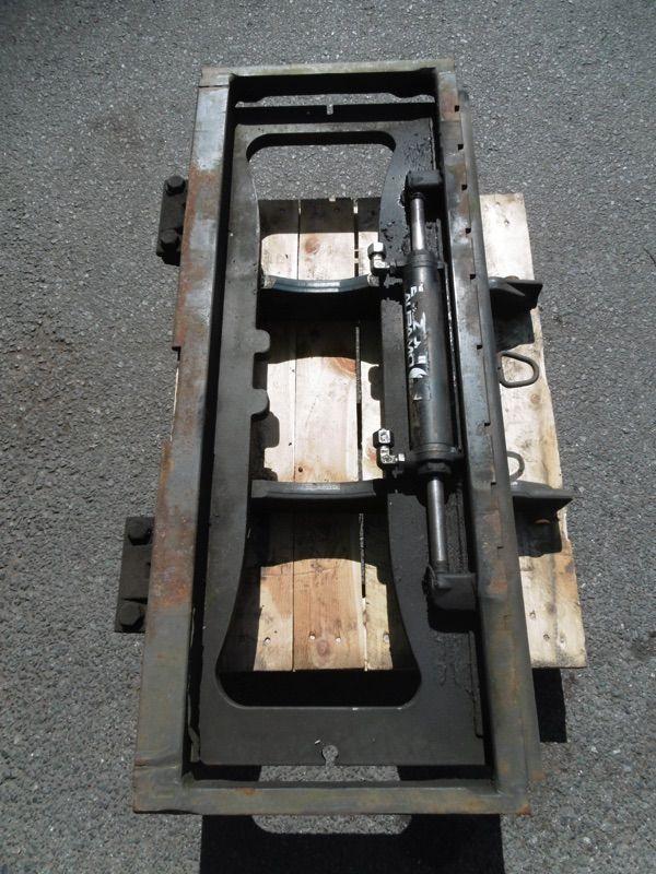 Linde Gabelträger für Triplex, M181-391, M181-386  mit vorgehangenen SS Gabelträger www.nortruck.de