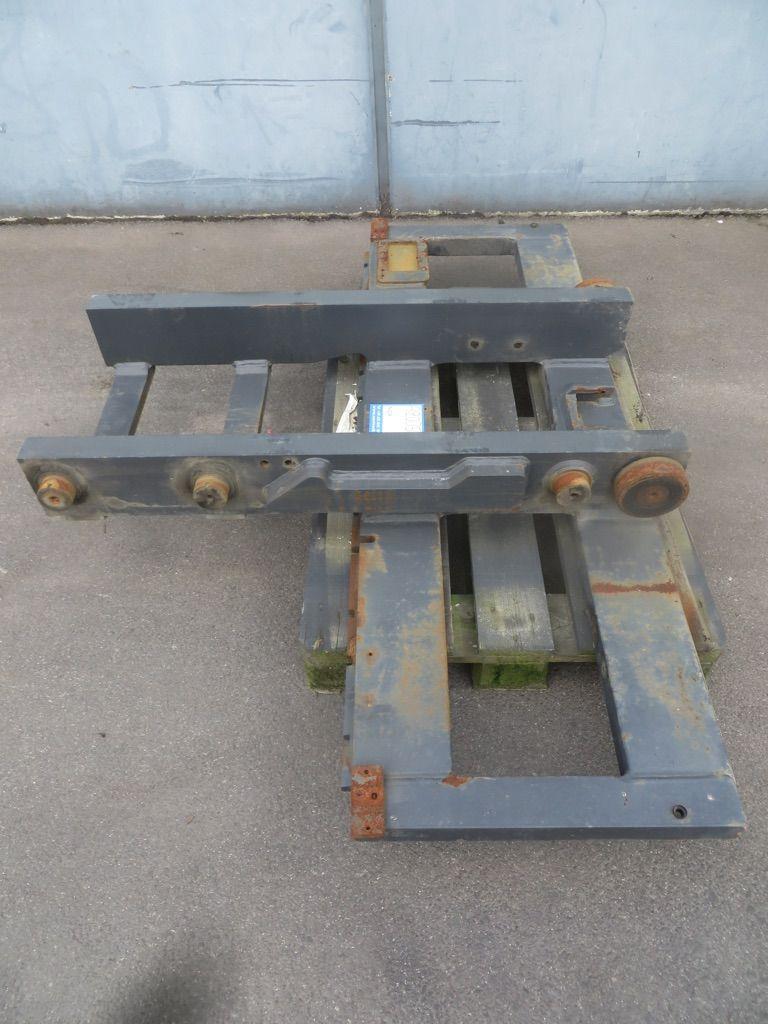 Linde Gabelträger für Triplex, M195-396 Gabelträger www.nortruck.de