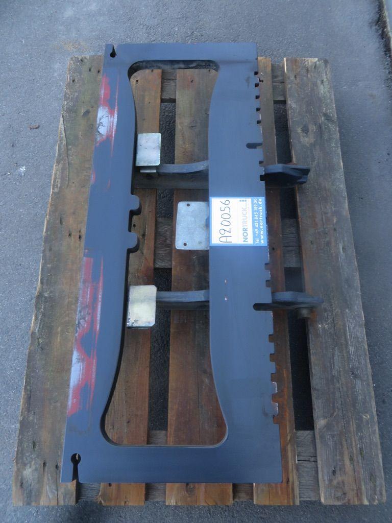 Linde Gabelträger für Triplex Mast,  BR 386 Gabelträger www.nortruck.de