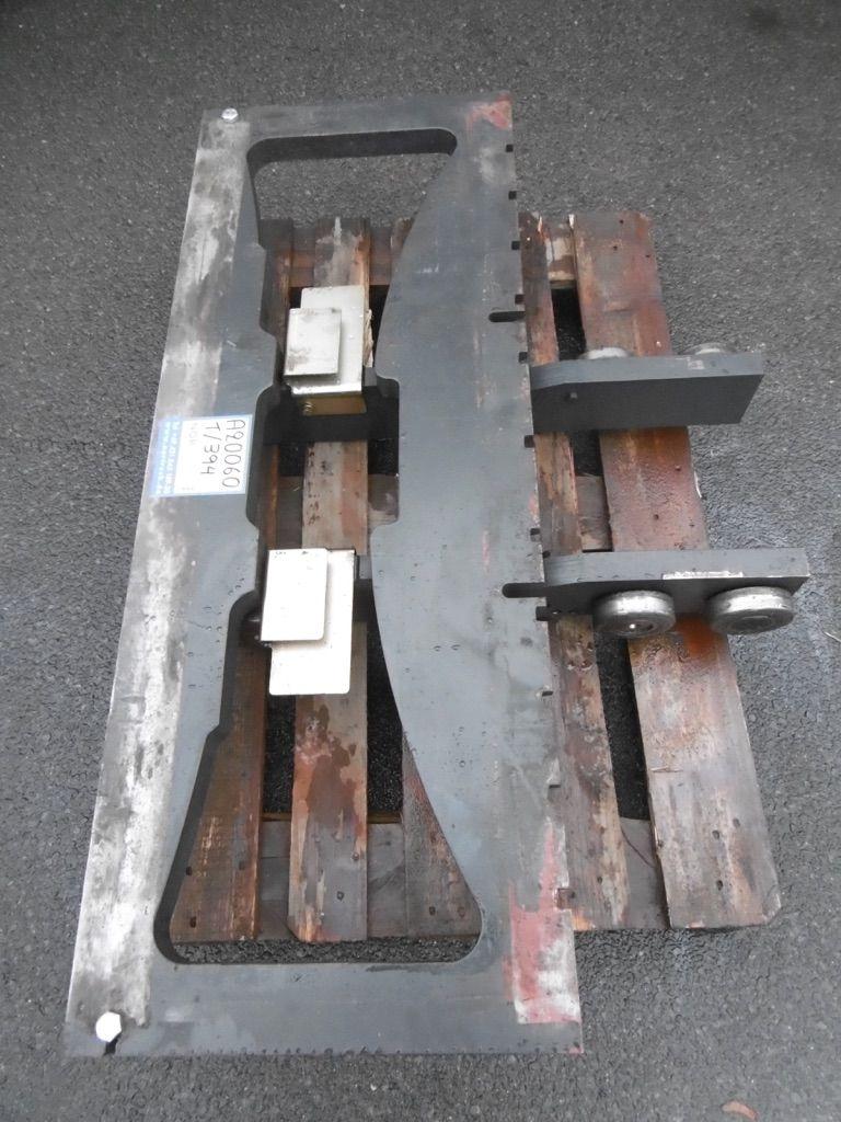 Linde Gabelträger für Triplex, M189, BR 394/388 Gabelträger www.nortruck.de