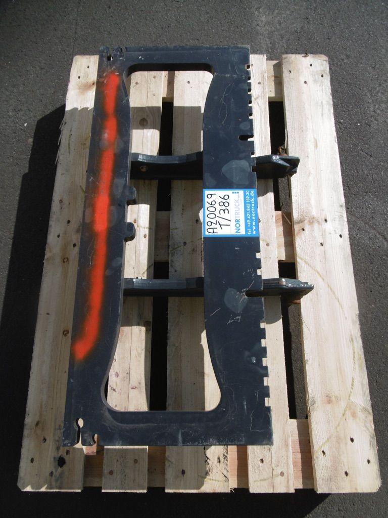 Linde Gabelträger für Triplex, M181-391, M181-386 Gabelträger www.nortruck.de