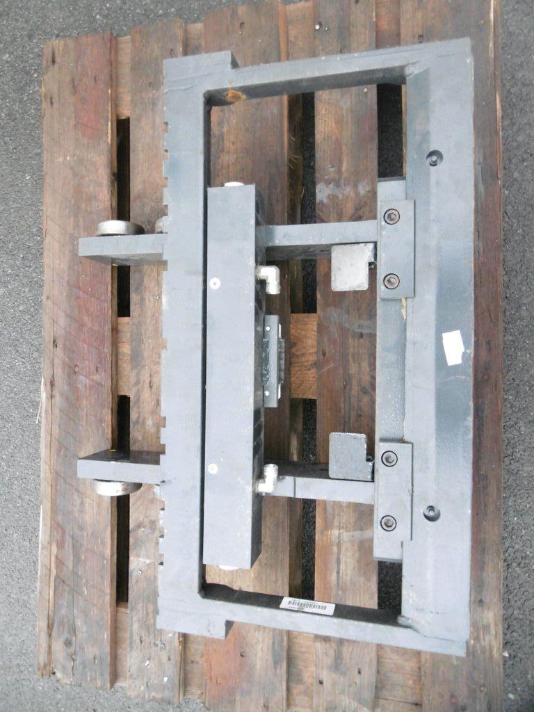Linde Gabelträger für Triplex, M1500, BR 1120 mit ISS Gabelträger www.nortruck.de