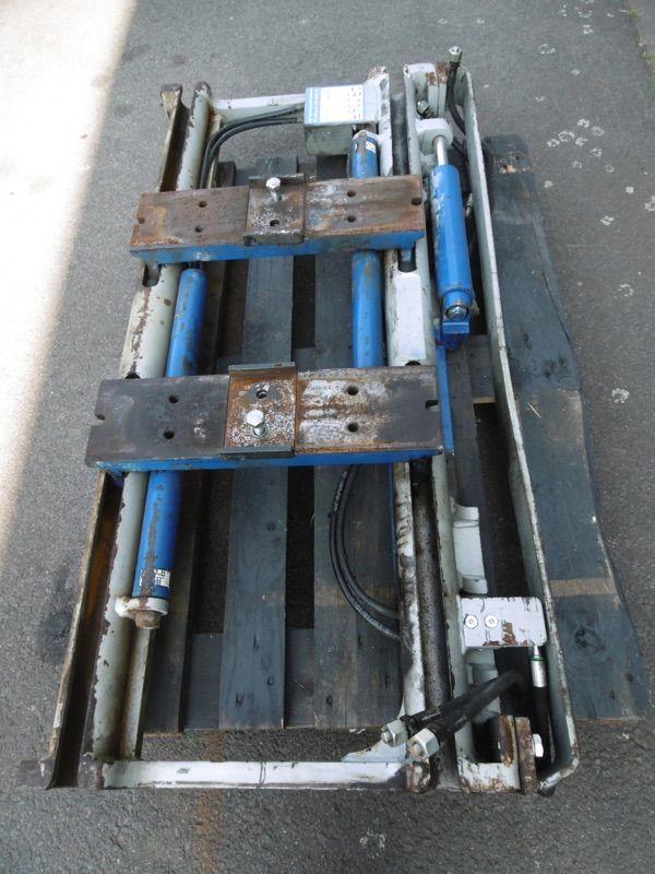 Durwen RZV 35 GS Zinkenverstellgerät www.nortruck.de