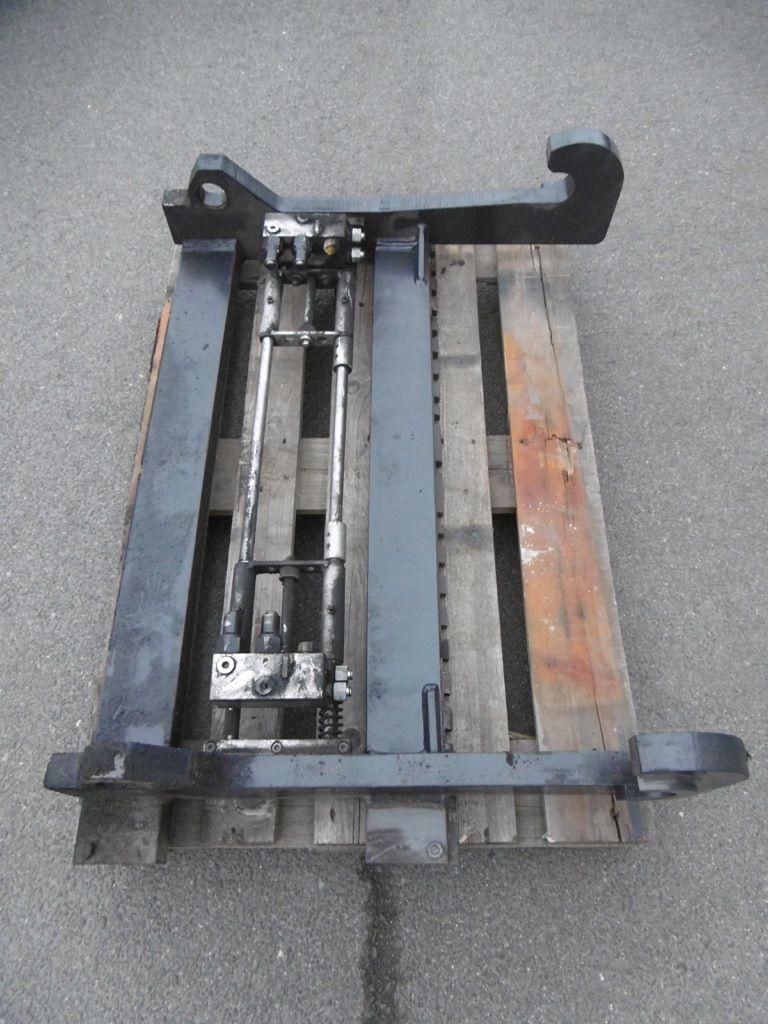 *Sonstige OQT 850 Oilquick Schnellwechselsystem Gabelträger www.nortruck.de