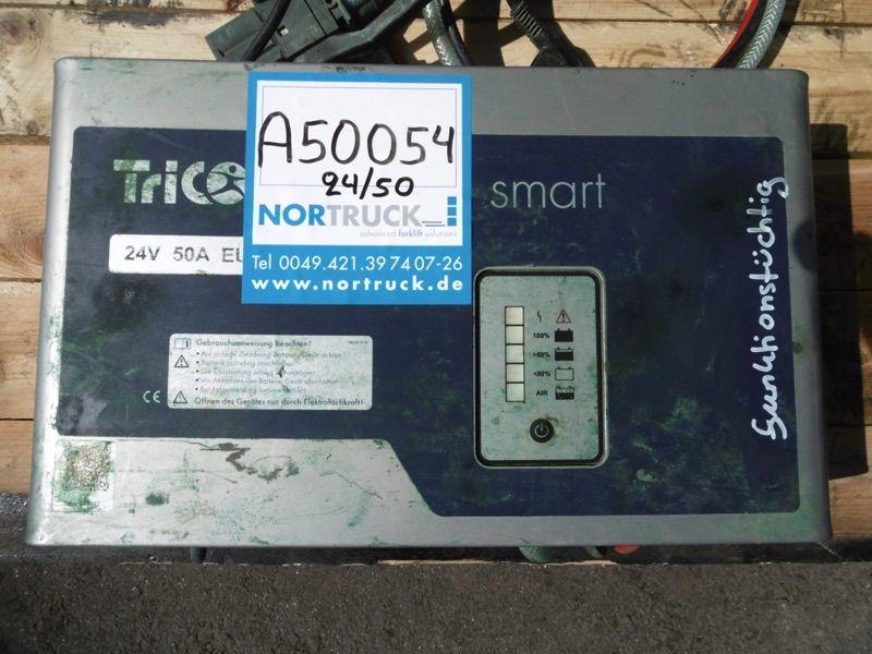 *Sonstige E230 G24V/50A  B51-FP EU Ladegerät www.nortruck.de