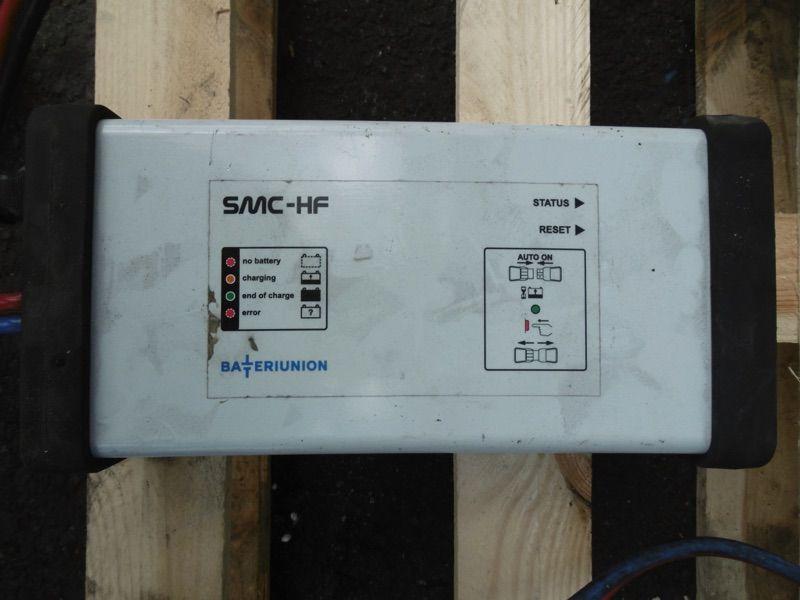*Sonstige SMC-HF 24V/45A Ladegerät www.nortruck.de
