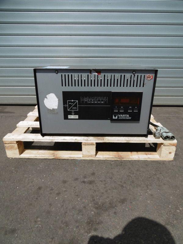*Sonstige Varta 24V/55A Ladegerät www.nortruck.de