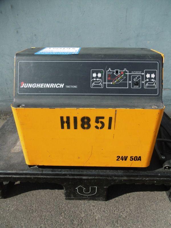 Jungheinrich E230V G24V/50A B-ET Ladegerät www.nortruck.de