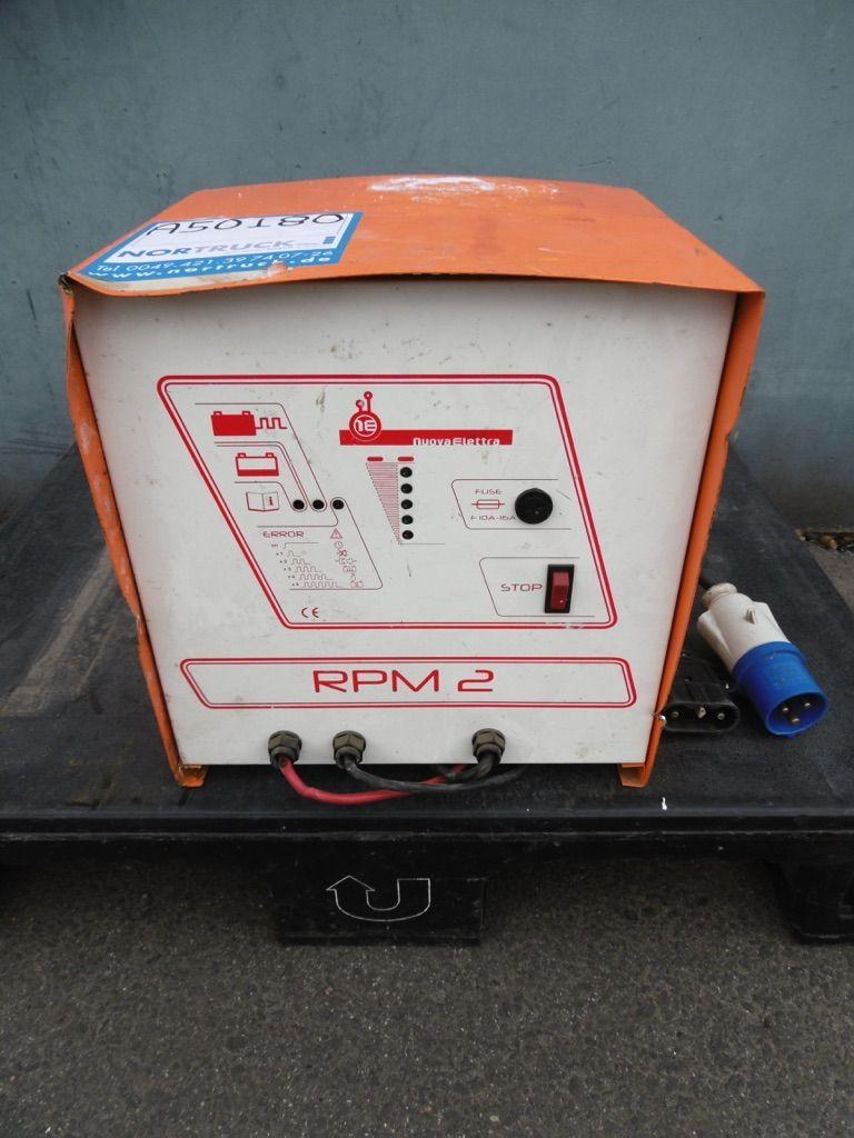 Nuova Elettra RPM-2 M24V/50A Ladegerät www.nortruck.de