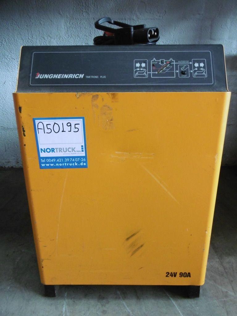 Jungheinrich D400 G24V/90A B-ET-Plus Ladegerät www.nortruck.de