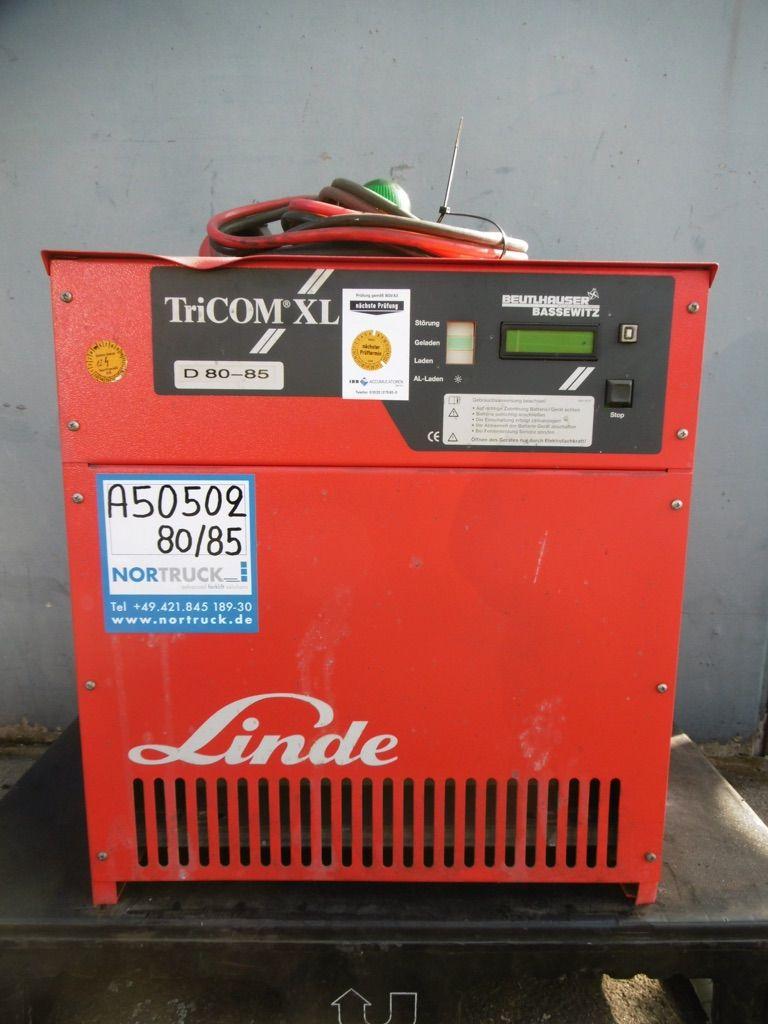 Linde D80/85 E-P Ladegerät www.nortruck.de