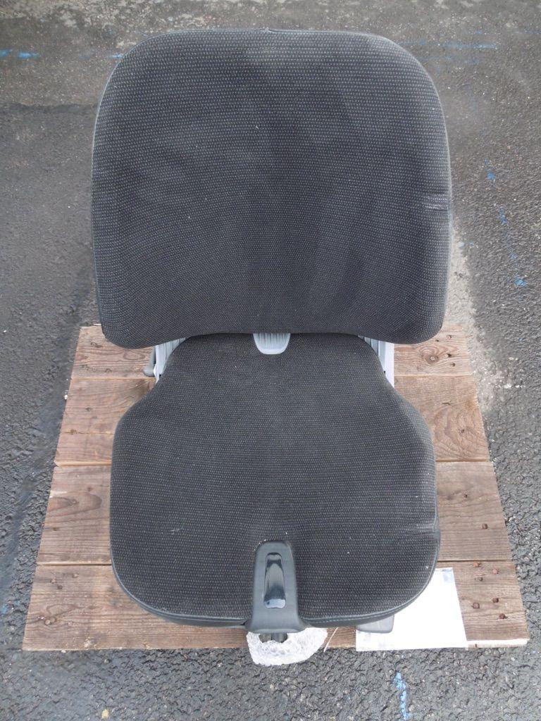 *Sonstige KAB Seating Stoff Kabinen, Sitze und Fahrerschutzdach www.nortruck.de