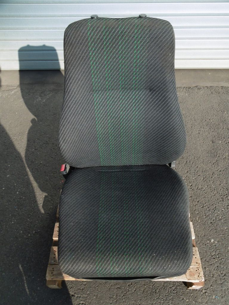 *Sonstige KAB Seating Stoff luftgefedert Kabinen, Sitze und Fahrerschutzdach www.nortruck.de