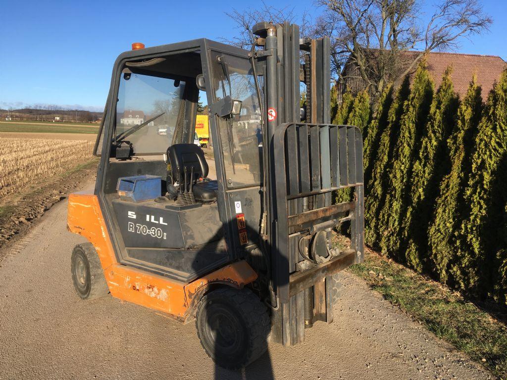 Still R70-30 Dieselstapler www.peinbauer-service.at