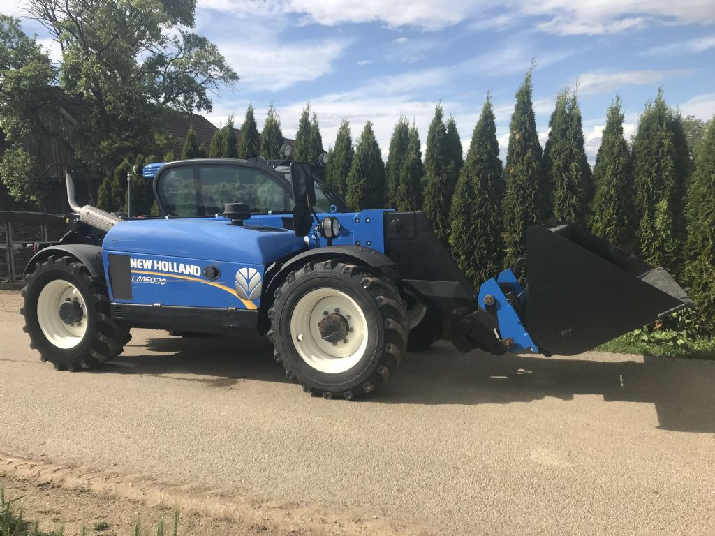 New Holland Lm 5030 Teleskopstapler starr www.peinbauer-service.at
