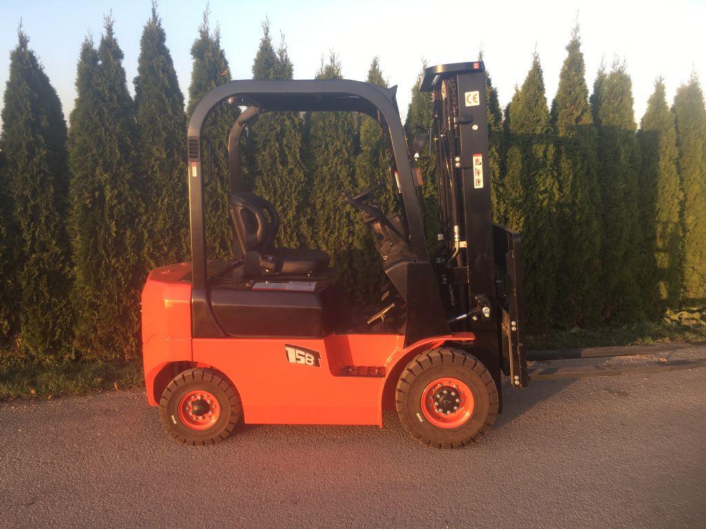 EP Ep 15 Dieselstapler www.peinbauer-service.at