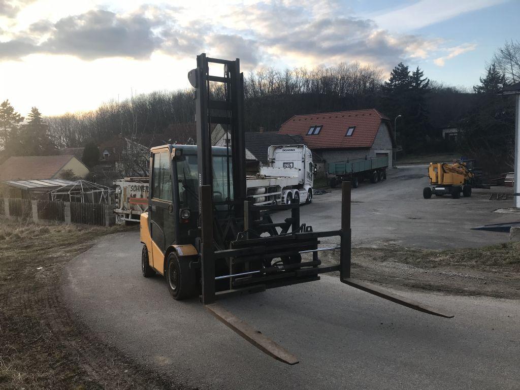 Jungheinrich DFG435 Dieselstapler www.peinbauer-service.at