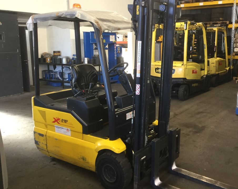 OM XE 18 3 Electric 3-wheel forklift www.staplertechnik.at