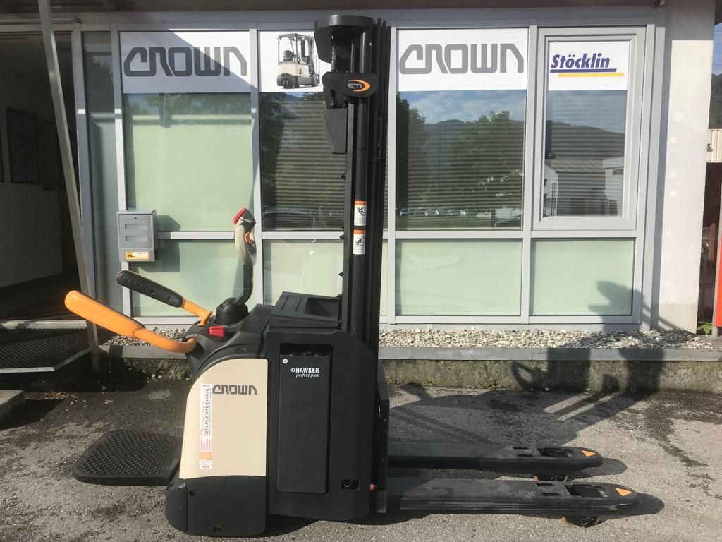 Crown-ETi 4000 1.6 TT-Hochhubwagen-www.staplertechnik.at