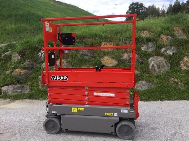 JLG-R1932-Scherenarbeitsbühne-www.staplertechnik.at