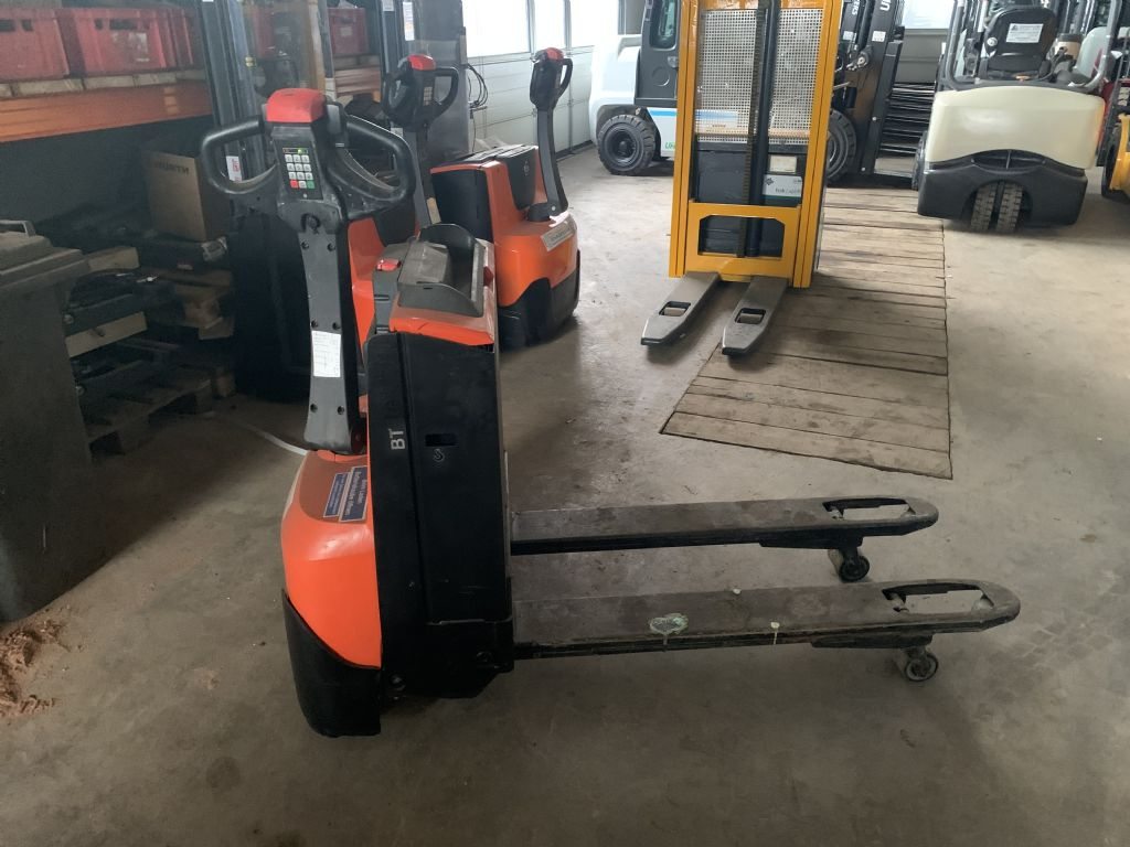 BT LWE140 Electric Pallet Truck www.staplertechnik.at