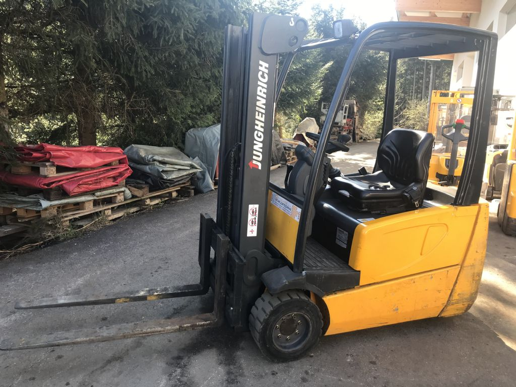 Jungheinrich EFG DF 18 Electric 3-wheel forklift www.staplertechnik.at