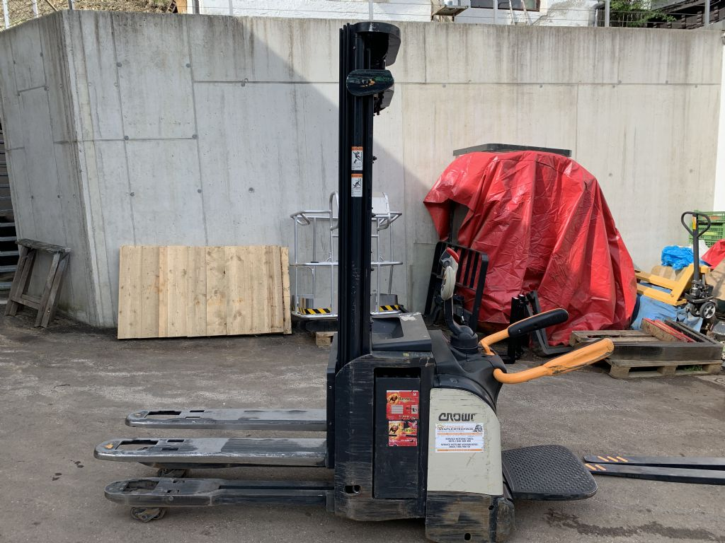 Crown-ETI 4000 1.4 TT-Hochhubwagen-www.staplertechnik.at