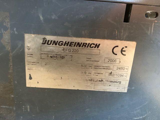 Jungheinrich-EFG220-Elektro 3 Rad-Stapler-www.staplertechnik.at