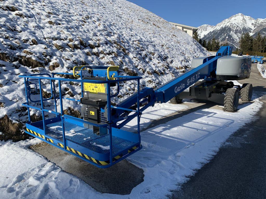 Genie-S45XC-Teleskoparbeitsbühne-www.stapler-mueller.com