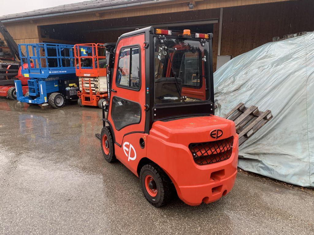 EP CPCD25T8-S4S Diesel Forklift www.staplertechnik.at