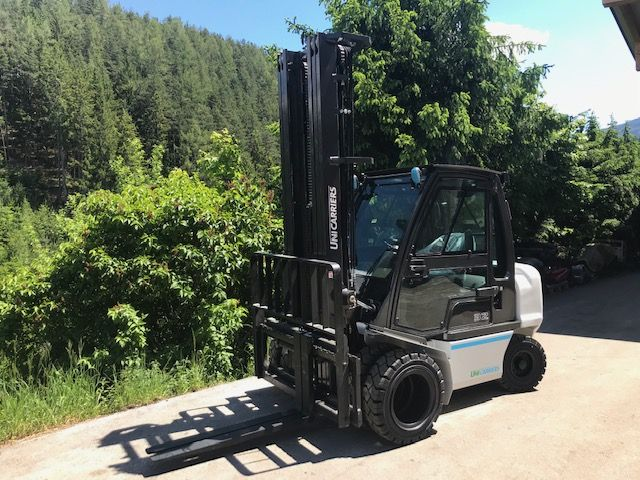 UniCarriers DX32 Diesel Forklift www.staplertechnik.at