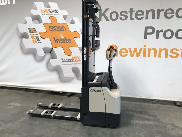 Crown ES 4000 1.2 TF Remote Quick Pick High Lift stacker www.staplertechnik.at