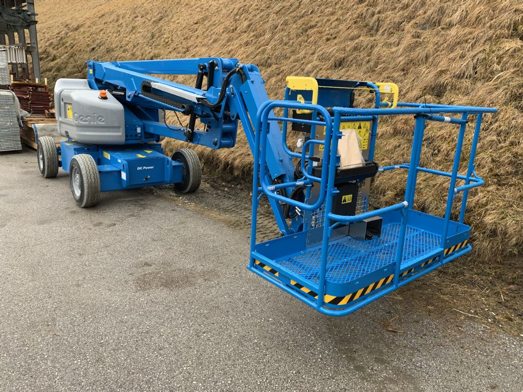 Genie Z45/25J DC Articulated Jib Platforms www.staplertechnik.at