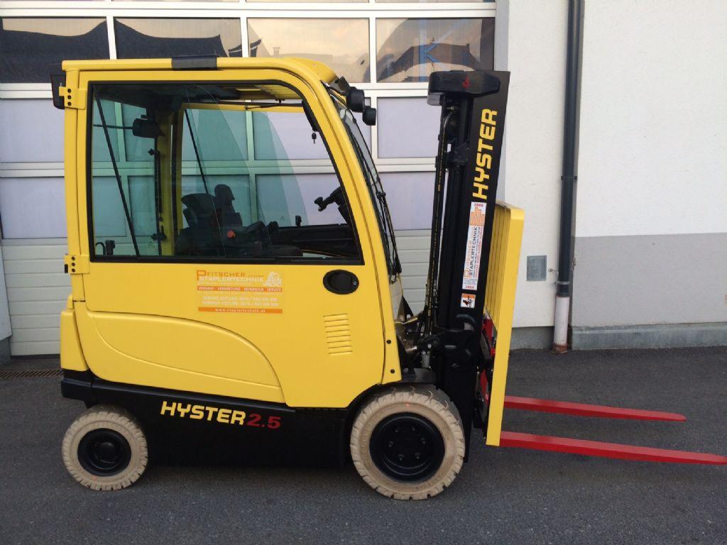 Hyster-J2.5XN-Elektro 4 Rad-Stapler-www.staplertechnik.at