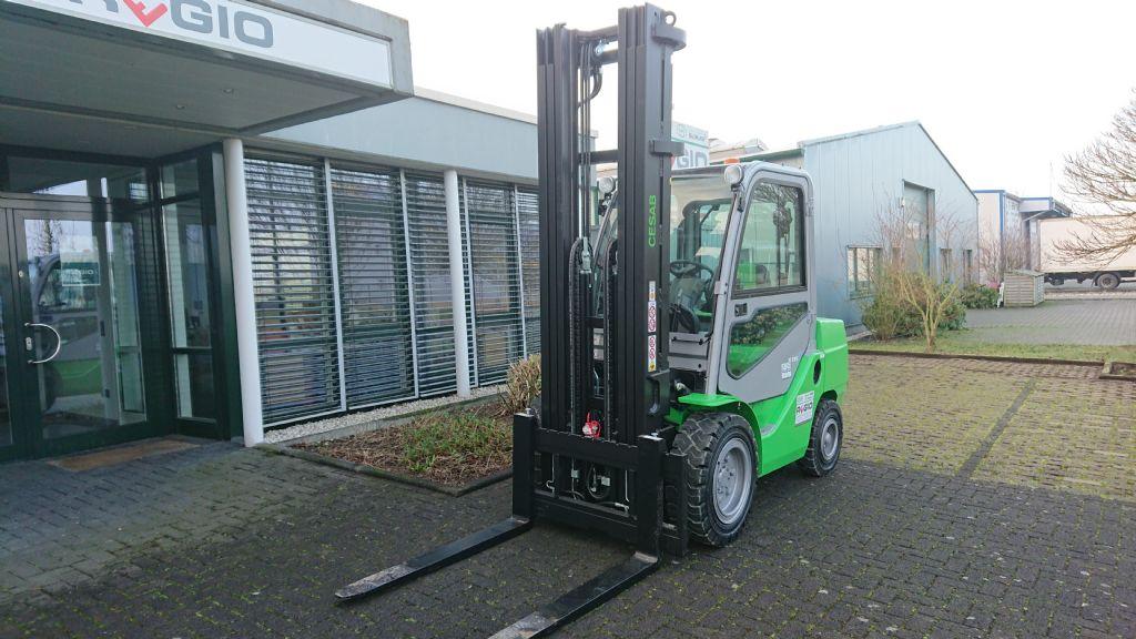 Cesab-M335-Dieselstapler-http://www.regio-stapler.de