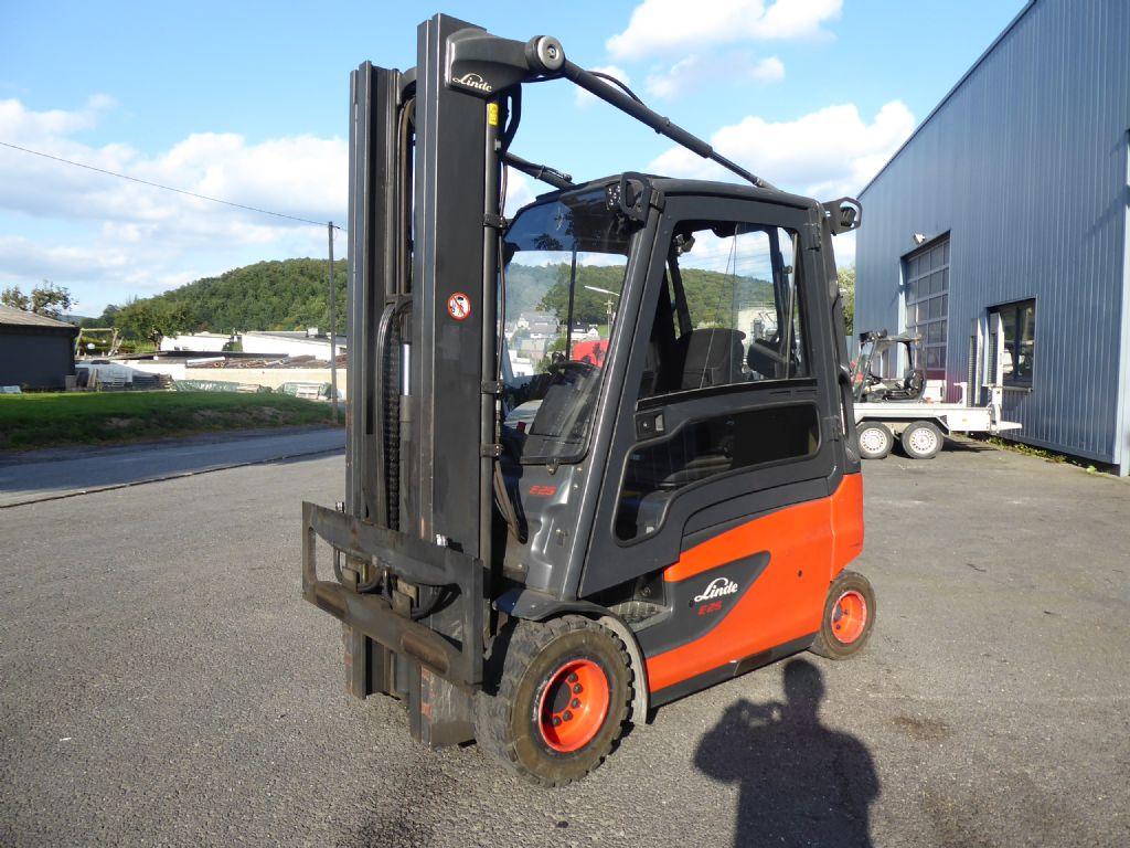 Linde-E25HL-01/600-Elektro 4 Rad-Stapler-www.rf-stapler.de