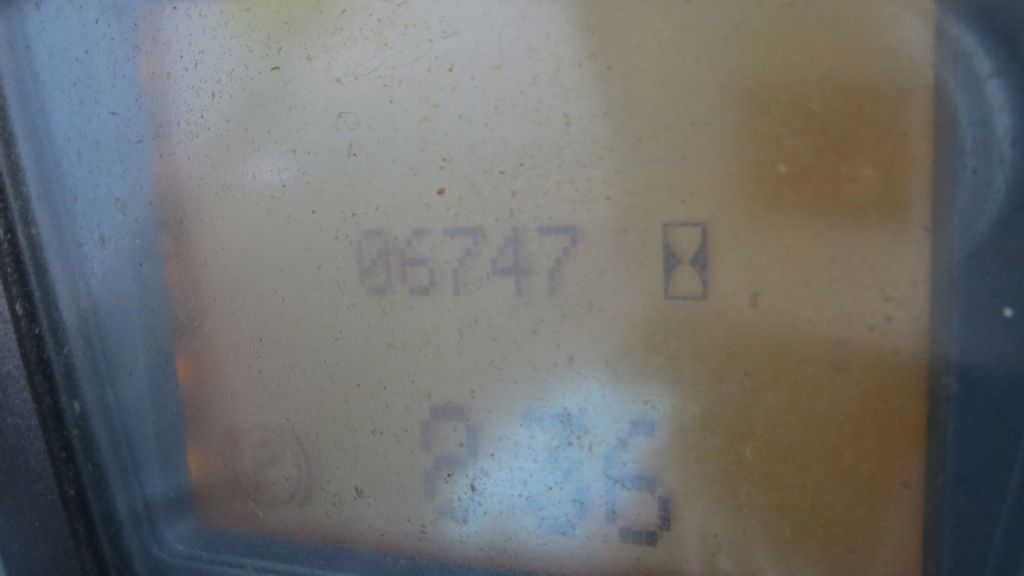 Gebrauchtstapler-Linde-E16C-00-Elektro 3 Rad-Stapler-www.rf-stapler.de